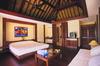 Thumb_bungalow_interior_1