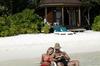 Thumb_komandoo_beach_villa_exterior_3