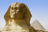 Thumb_sphinx_and_mikerinus_pyramid