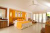 Thumb_adaaran_select_hudhuran_fushi_room_interior_1