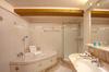 Thumb_bathroom
