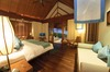 Thumb_beachfront_villa_bedroom