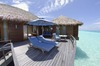 Thumb_deluxe_over-water_suite_sundeck