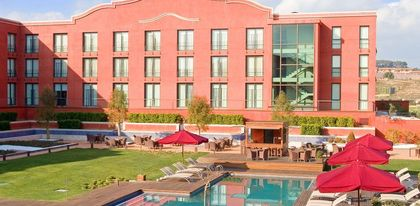 Preview_husa_hotel_ovierview