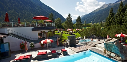 Preview__mg_4733_hotel_overview_summer