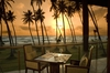 Thumb_35_dining_at_sunset_on_pavilions_restaurant_balcony