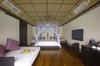 Thumb_deluxewatervilla_interior_bedroom