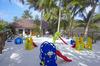 Thumb_huvahendhooisland_kidsplayground