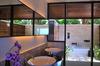 Thumb_lagoon_villa_bathroom_view