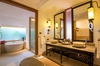 Thumb_deluxe_beachfront_villa_bathroom