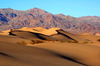 Thumb_mesquite_sand_dunes_in_death_valley