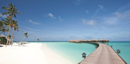 Preview_4._halaveli-maldives-beach-view-4