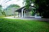 Thumb_heritance_ayurveda_maha_gedara_exterior_entrance_garden