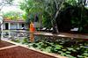 Thumb_heritance_ayurveda_maha_gedara_exterior_centre_pond