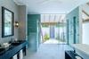 Thumb_beachvillabathroom01