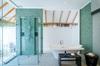 Thumb_beachvillabathroom04