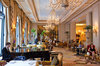 Thumb_fs_le-cinq-hotel-george-v-entrance-to-le-cinq