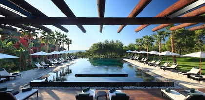 Preview_asia_gardens_hotel_and_thai_spa-swimming-pool-7-hotel-barcelo-asia-gardens-hotel-thai-spa_tcm18-29243